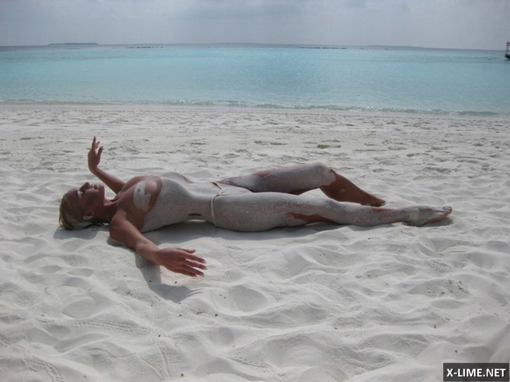 Голая Анастасия Волочкова на Мальдивах (16 ФОТО)