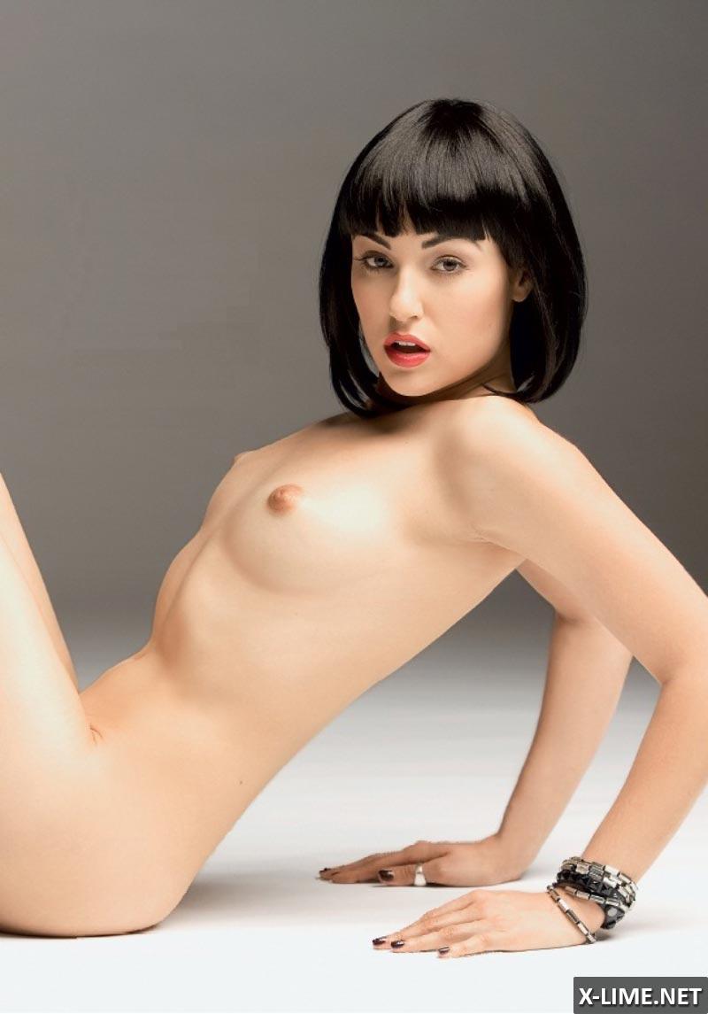 Обнаженная Саша Грей в эротической фотосессии (10 ФОТО)