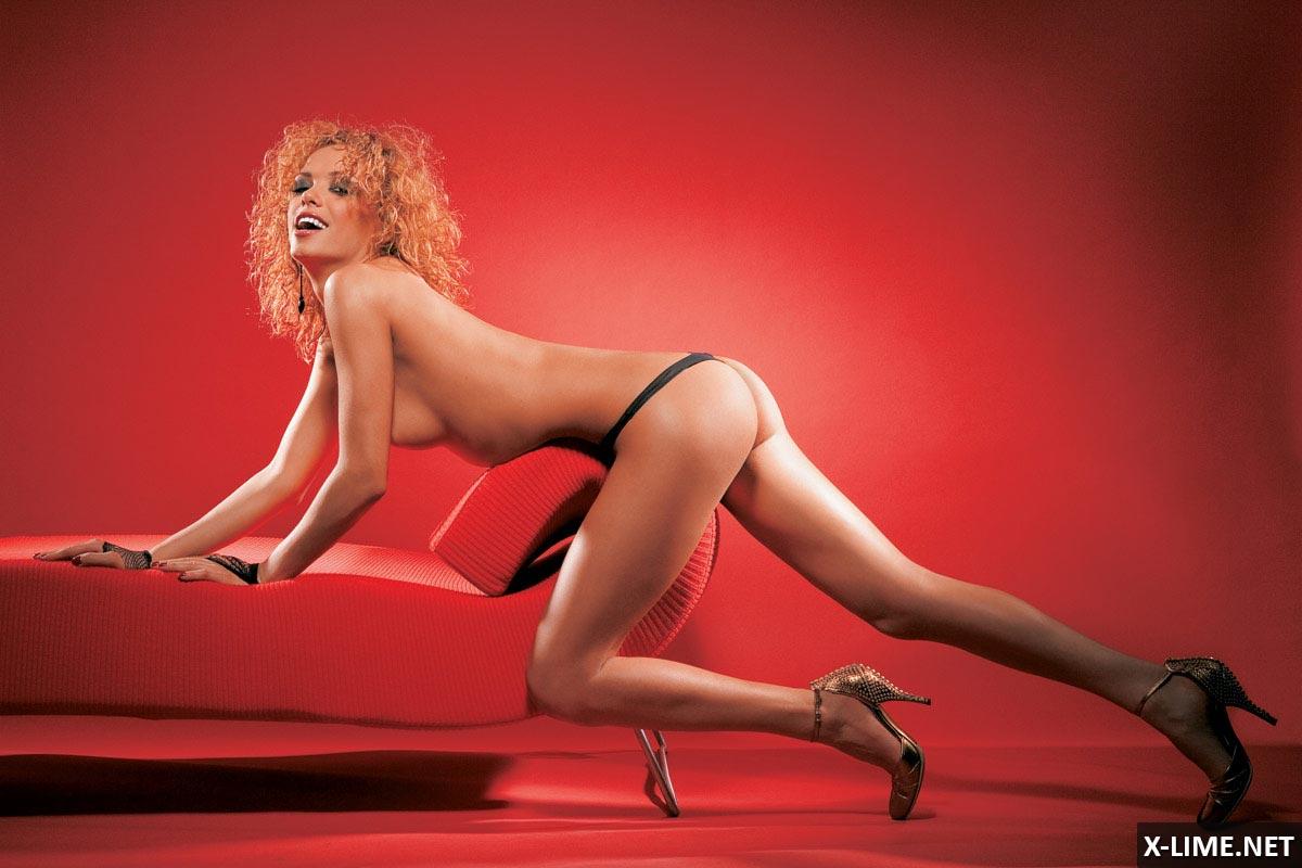 Sunset Beach Actress Sexy Susan Ward Signed Autographed Maxim Magazine Loa