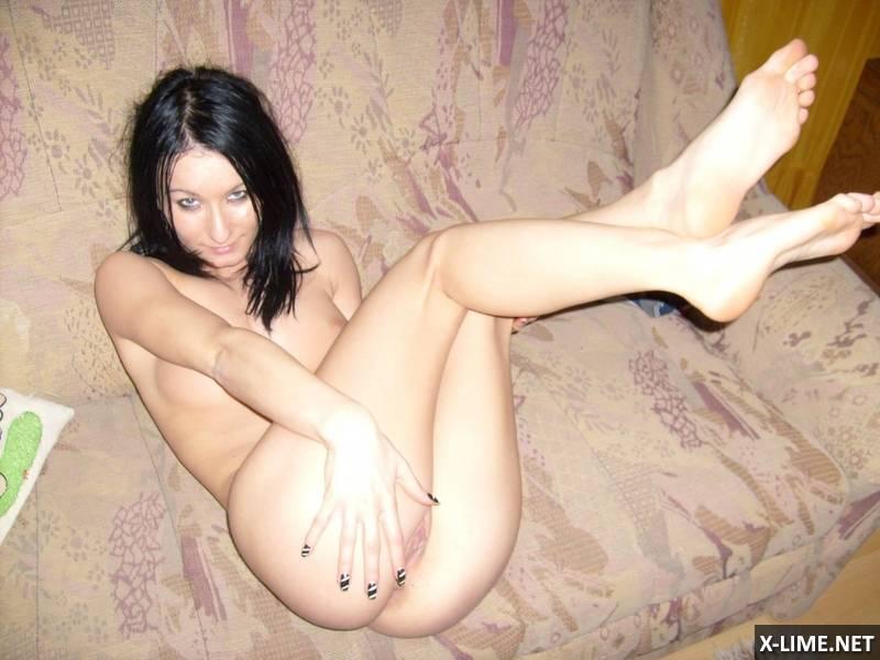 Домашний секс с брюнеткой (32 ФОТО)